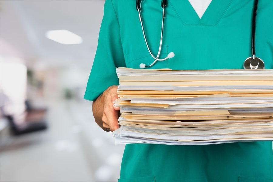 Patientenakte – Anspruch auf Kopie von Unterlagen Dritter?
