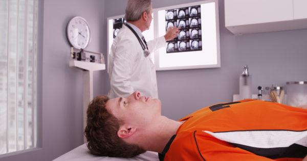 Behandlungsfehler nach einem Schädel-Hirn-Trauma - Befunderhebungsfehler