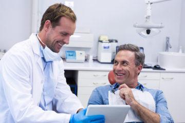 Zahnarzthaftung – Aufklärungspflicht über Unverträglichkeit von Titanimplantaten