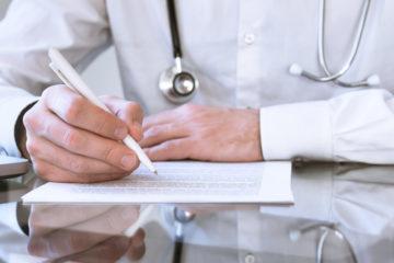 Arzthaftungsprozess – Bewertung eines lückenhaften Sachverständigengutachtens