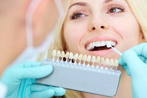 Zahnarzthaftung - Anforderungen an die Risikoaufklärung bei Implantaten