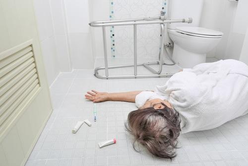 Arzthaftung - Sturz eines Patienten mit Alkoholentzugserscheinungen im Krankenhaus