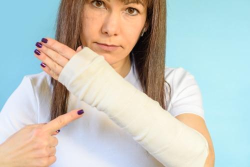 Behandlung von Frakturen der Mittelhandknochen mittels Kirschner-Drähten - Wundinfektion