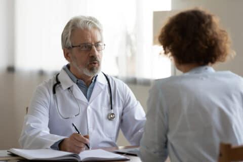 Pflicht zur Aufklärung über ärztliche Behandlungskosten